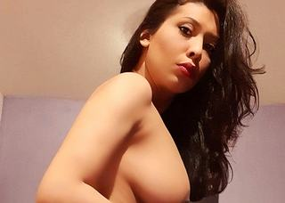 Video porno di transCLARISSA RIBEIRO
